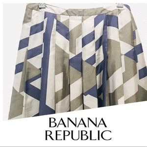 Banana Republic Pleated Silk Skirt